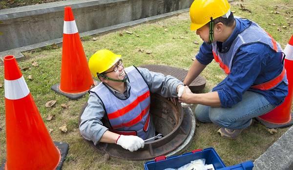 Appelez Comment démarrer une fosse septique après vidange en Île de France